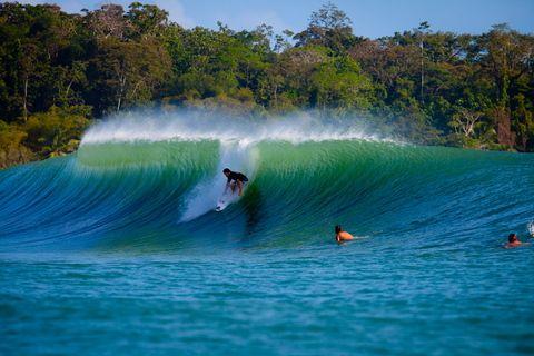 Surf em Bocas Del Toro, Panamá.
