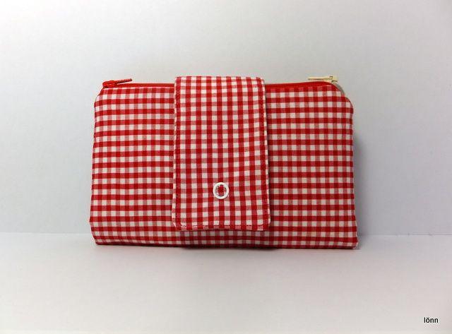 Wallet Purse, Red Gingham, 2 zippered pouches, 12 card slots | lönn | madeit.com.au