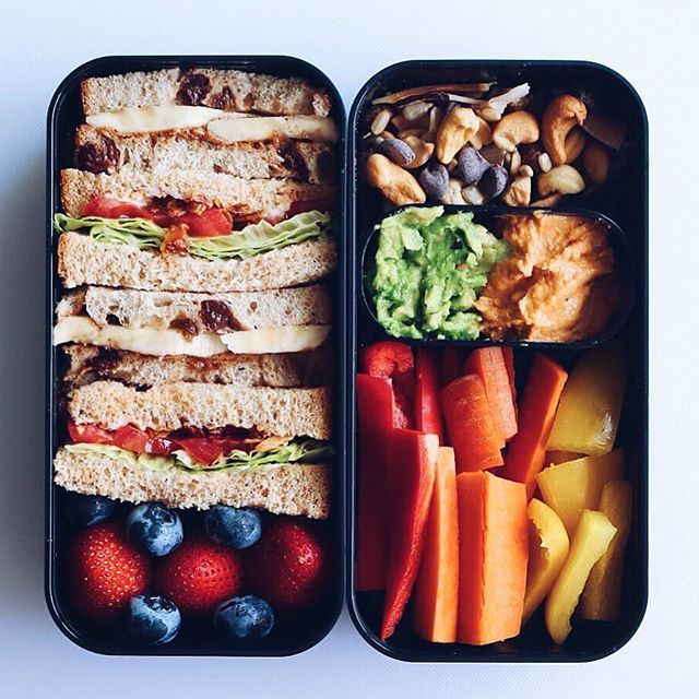 Sandwiches, fruits, veggies, dips and trail mix ✨ what more could you ask for in a lunch filming more videos today and working on exciting projects ✔️ ALSO THANK YOU for 30K on YouTube. Your comments are so sweet and thoughtful. I love you all! ✨✨yummy ingredients from @petesns and box from @monbento #lunch #bentobox #govegan