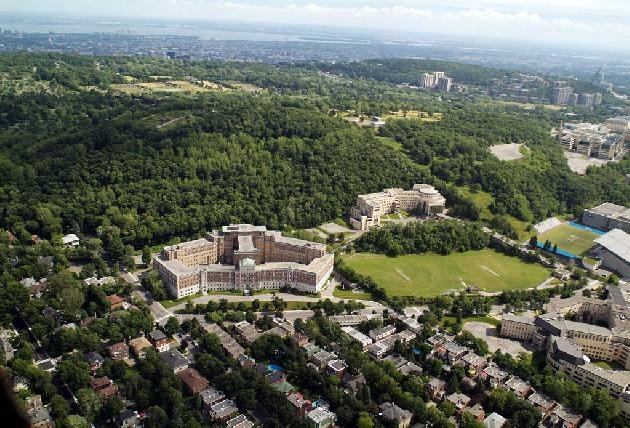 Château Maplewood - Montreal, Quebec #Canada #realestate #property #inmobiliaria