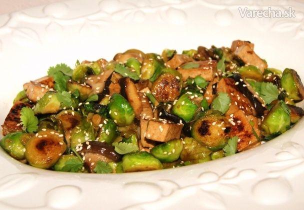Ružičkový kel s tofu a shiitake (fotorecept)