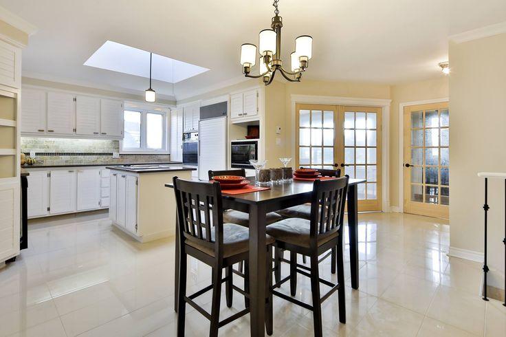 #house #realestate #vimont #laval #diningroom