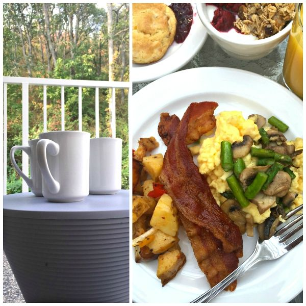 """The breakfast [at Lithia Springs Resort] is beyond the ordinary, cooked by Chef Cheryl.""  A Sister ""Staycation"" at Lithia Springs Resort, Ashland, Oregon 