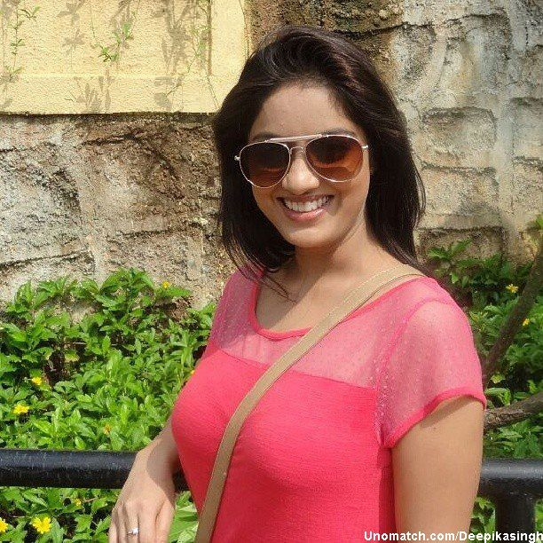 Deepika Singh is an Indian television actress. Singh made her debut in the Star Plus series Diya Aur Baati Hum playing the role of Sandhya who is a fun-loving, spirited young girl who aspires of becoming an IPS Officer. like : http://www.Unomatch.com/Deepikasingh/