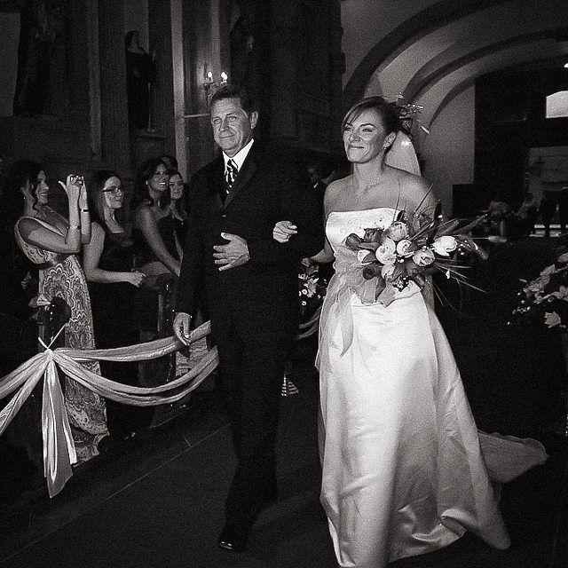 Here comes the bride #weddingplanning #weddingphotography #wedding #boda #queretaro #fotografodebodas