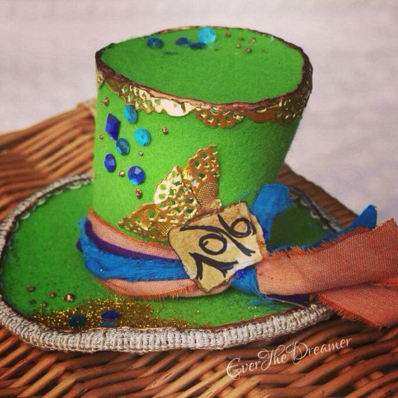 Mad Hatter's hat mini top hat Alice in Wonderland by EverTheDream
