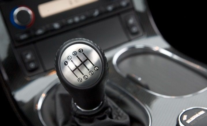 Manual transmissions are quite fun to use and give a higher driving engagement! Watch this video about the 5 things you should never do with one!