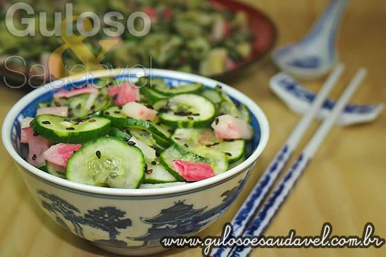 Salada de Pepino Simples ou Sunomono » Receitas Saudáveis, Saladas » Guloso e Saudável
