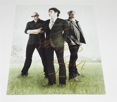 Patrick Monahan (TRAIN) autographed 8x10 COA Memorabilia Lane & Promotions