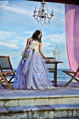 White Queen by felix rusli