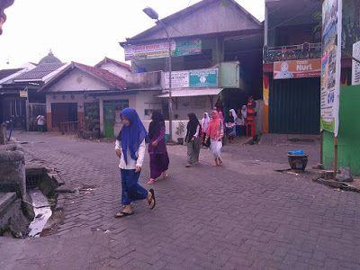 Panti Asuhan Islam Bani Yaqub Surabaya: Buka Puasa Ramadhan Anak Panti Bersama Rotary Club...