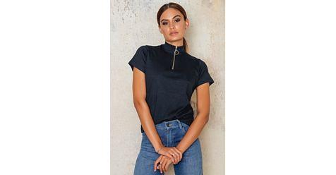 #Bluză de #damă SISTERS Hope. #Bluze de #damă, #oferte #online.# Okkut.com, cel mai mare #mall #online din #România! Hai la #shopping!