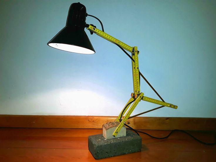 Zollstock Tischlampe