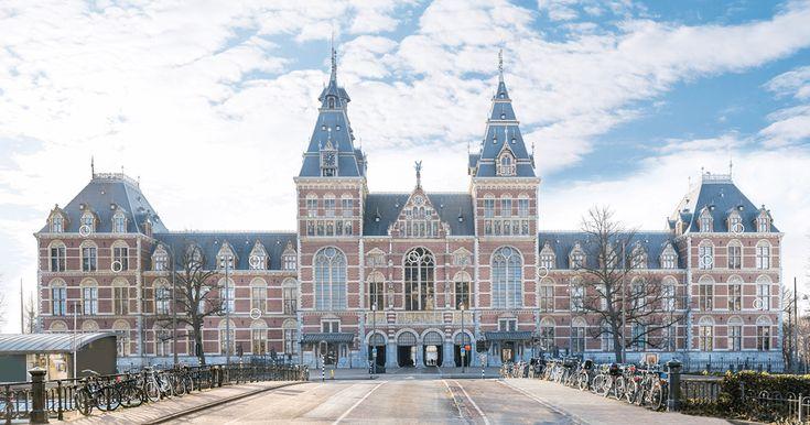 Ontdek het Rijksmuseum met de interactieve plaat van SchoolTV. Zie hoe het gebouw is gemaakt, ontdek bijzondere dingen èn bekijk de topstukken van het museum. Zo dichtbij kan bijna niemand komen!