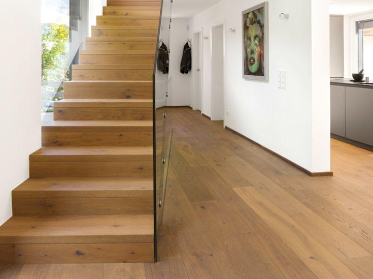 Echtholzparktett: Ein Haus - ein Boden: Echtholzparkett ist elegant und urig zugleich, er eignet sich als Bodenbelag im… #News #Boden