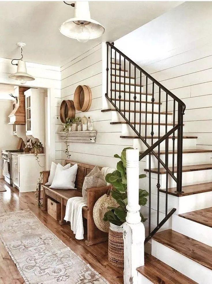 42 Inspiring Farmhouse Living Room Decor Ideas #farmhousekitchendecor #housedesi…