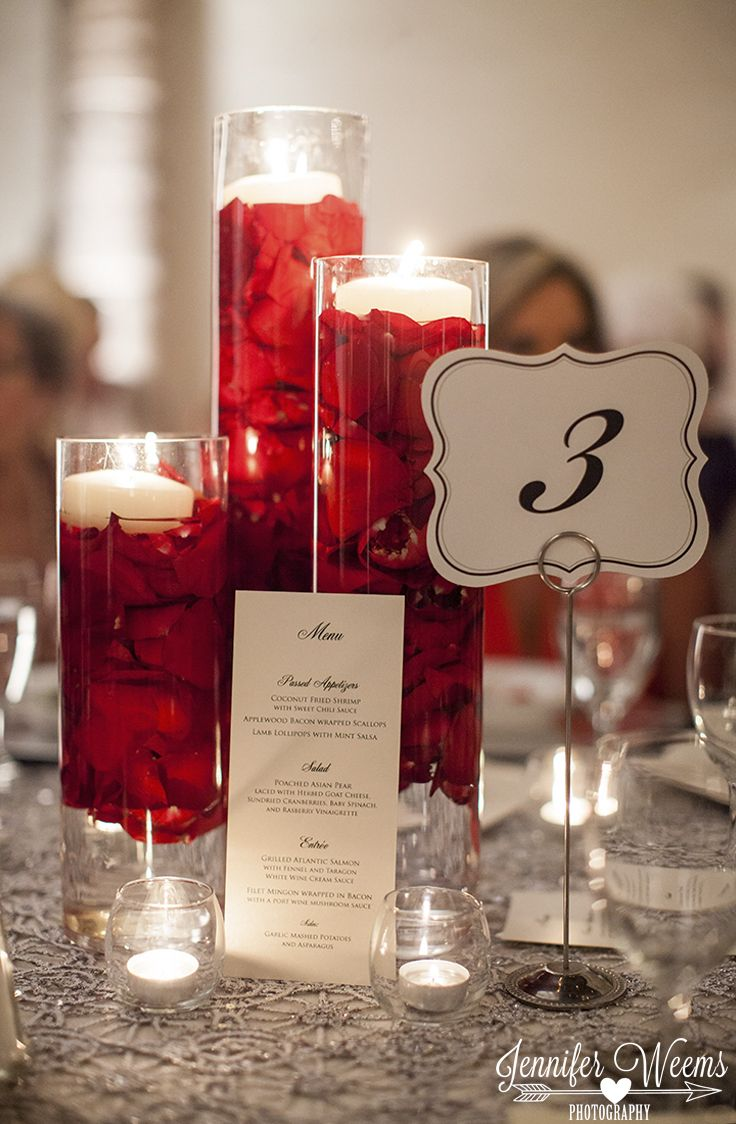These romantic centerpieces are so easy to re-create! Take a set of vases and fill them with flower petals and water, then top them off with floating candles! Thanks @jdubphoto for sharing!