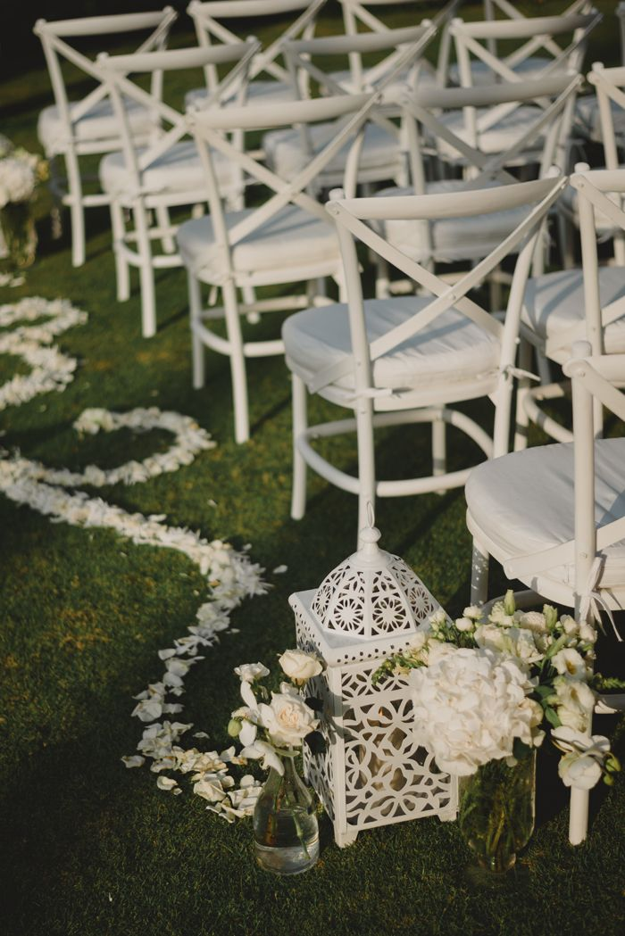 dream wedding at villa pushpapuri in ketewel bali photos by terralogical styling by
