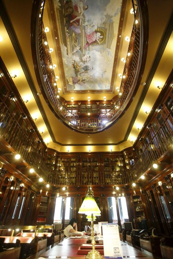 Biblioteca del Congreso de los Diputados, Madrid. Una joya del siglo XIX.