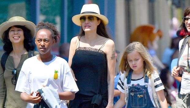 Angelina Spotted With Mystery Man On Disneyland Trip With Kids — Exclusive Interview https://tmbw.news/angelina-spotted-with-mystery-man-on-disneyland-trip-with-kids-exclusive-interview  There was a new face with Angelina Jolie and her kids when they rang in twins Knox and Vivienne's birthdays in Disneyland on July 11! An artist who saw Angie told HollywoodLife.com EXCLUSIVELY she had a mystery man with her!Angelina Jolie, 42, gave her nine-year-old twins Knox and Vivienne the best gift a…