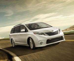 2017 Toyota Sienna review, specs, price/ Fell in love with this 2016 toyota Sienna SE with black leather interior. (and I said I would never get a minivan) I was wrong!
