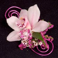 FRESH FLOWERS AND DECORATIVE WIRE - Google Search