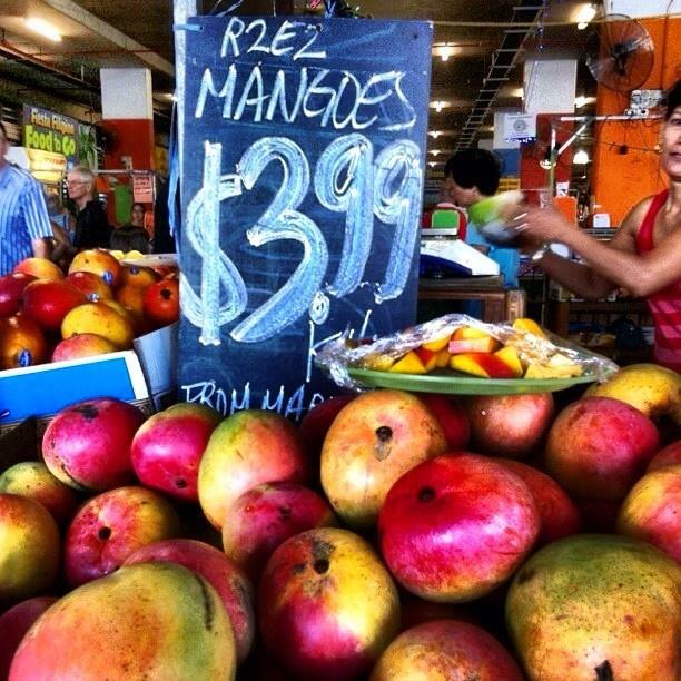 Why FNQ Rocks: mangoes, mangoes, magnificent mangoes!