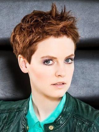 Taglio capelli corti effetto spettinato 2013