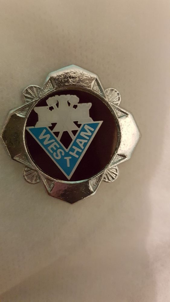 1970's West Ham Badge