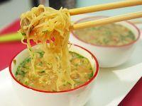 Sopa de Missô com Cogumelos e Bifum (vegana)