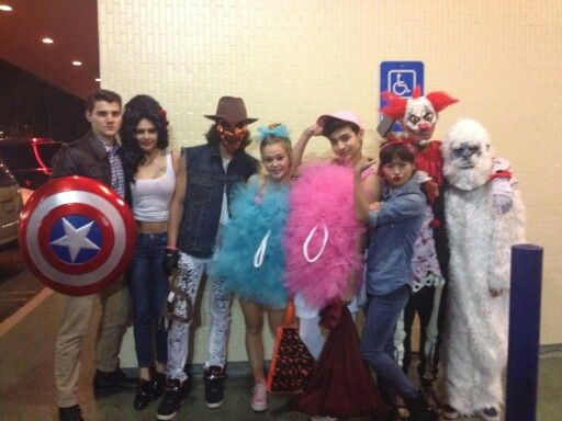 Happy Halloween from the cast of Bella And The Bulldogs and The Haunted Hathaways!!! <3