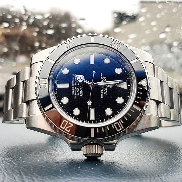 REPOST!!! Rolex submariner no date, simplicity is the key⌚ #rolex #rolexdiver #rolexnorway #rolexsubmariner #114060 #rolexwatch #watchgame #watchesofinstagram #watchfam #instawatch #horology #klocksnack #klokkeriet #tidssonen #hodinkee #wornandwound #watchuseek #watchmania #swissmade #watchgeek #watchnerd #cool #awesome #klokke #watches #likeforlike #l4l #f4f #rfr repost | credit: ID @watchveen (Instagram)