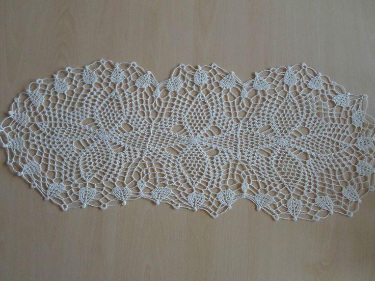 Handmade doilies (29 x 11.5 inch) (74 x 29cm) by Ela Mazek