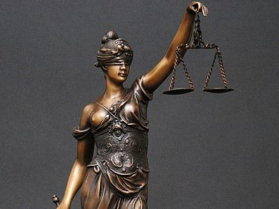 Aplicarea riguroasă a legii plasează Statele Unite pe primul loc în lume la numărul de arestări http://www.ziarulactualitatea.ro/panorama/aplicarea-riguroasa-a-legii-plaseaza-statele-unite-pe-primul-loc-in-lume-la-numarul-de-arestari/