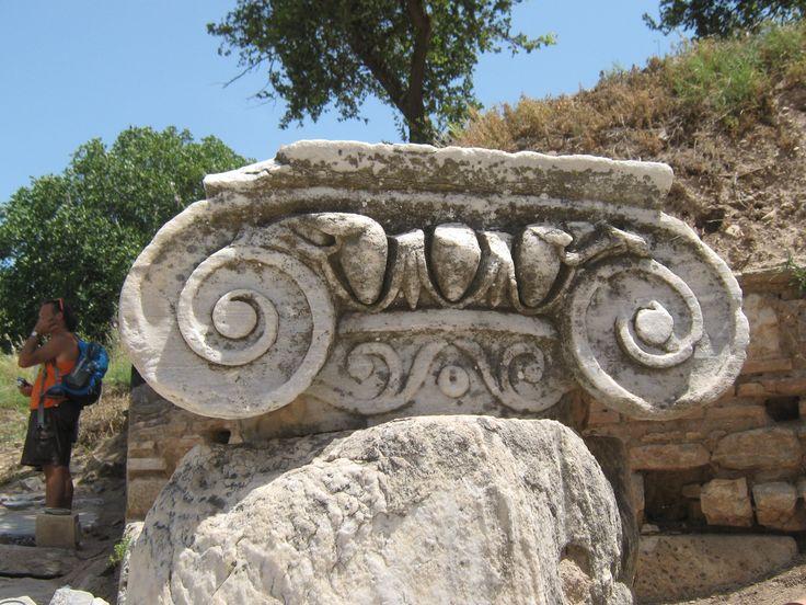 #Ionic column