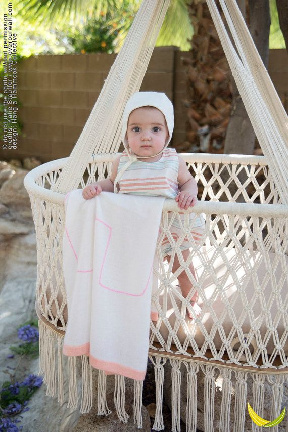 Hanging Crib in a Oval Shape ® in Macrame - BIG SIZE - Infant 0-2,5 YEARS (with…