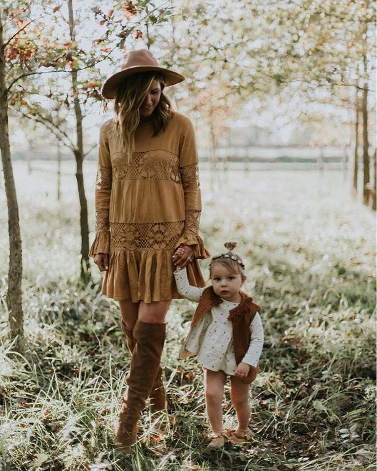 mommy daughter // maternity style