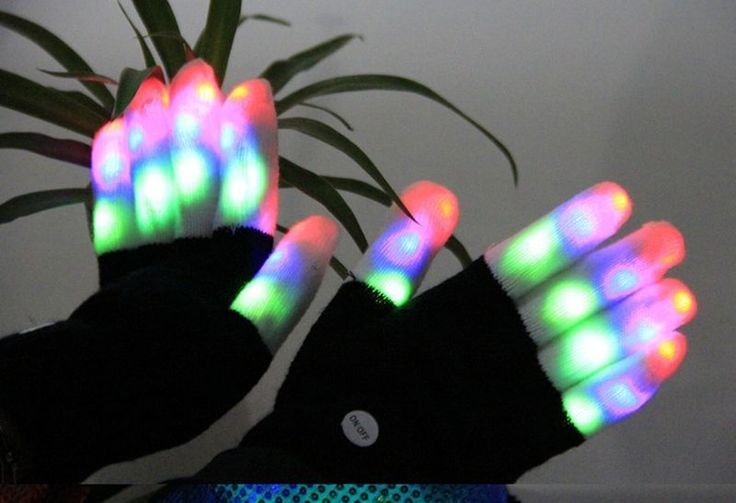 led gloves - Bicycle usage has become a go-to means of transportation for many different kinds of consumers around the world, so the LuWint LED Gloves are here ...
