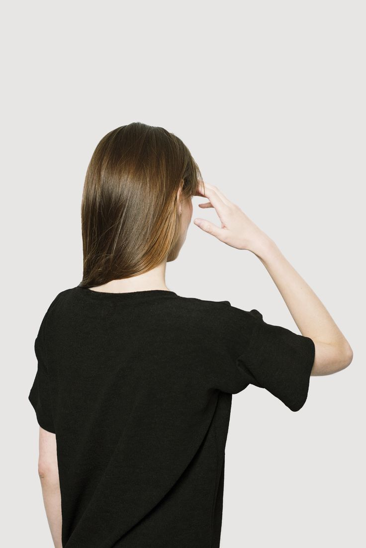 Our more relaxed tee. Featuring side cuts, shorter sleeves, round neck, short slits on the side Polypropylene cotton blend works as a functional fabric for an active lifestyle. Lower loop. #allblack #simple #minimalist #relaxed #boxy