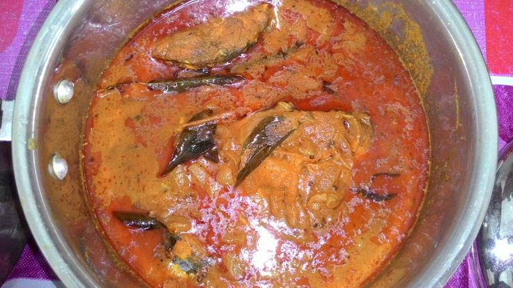 My delicious fish curry.... easy and simple to make it.....you can use and type of fish to cook fish curry i used mackerel fish it's a very delicious fish for fish curry.
