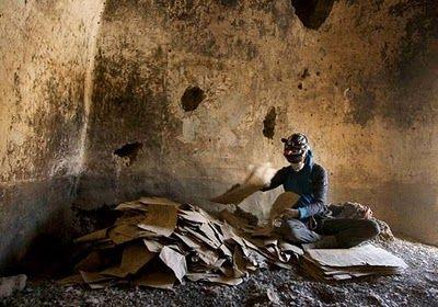 091117-08-shangri-la-caves-manuscripts_big.jpg (400×280)