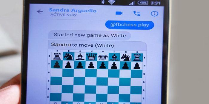 Facebook Messenger tiene oculto un ajedrez, es un pequeño secreto que pocos saben para jugar en el navegador web, iPhone o iPad. ¿Sabías que también lo podías usar para jugar? A través de unos simples comandos, te mostramos esta utilidad secreta para tu iPhone, iPad o navegador. http://iphonedigital.com/como-jugar-ajedrez-oculto-facebook-messenger-iphone-ipad/ #iphoneapps