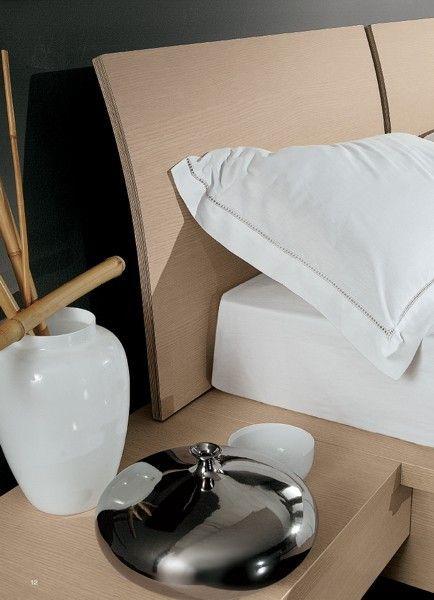 BADROOM - centri camerette specializzati in camere e camerette per ragazzi - letto matrimoniale con contenitore in legno