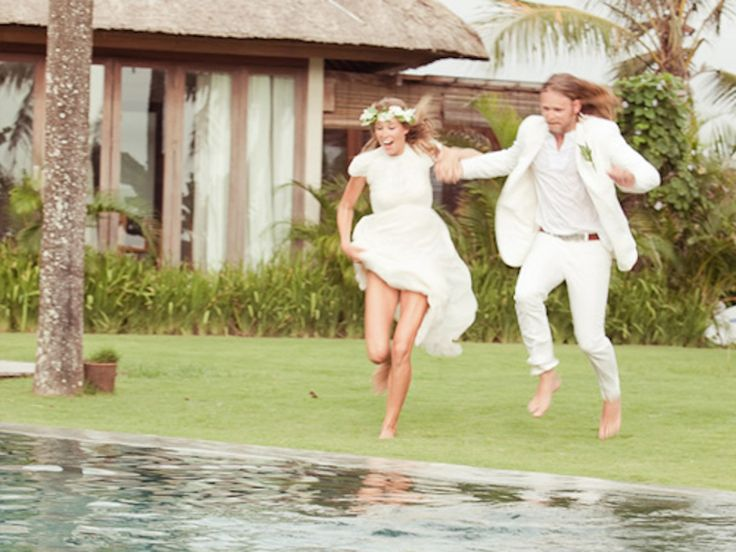 A Bali VIP wedding organizer can bring a touch of class to your wedding by working directly with five star hotels and resorts to make sure you have the right venue, the right feel and most importantly at the right price.