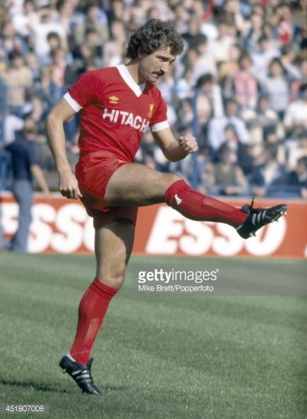 Midfielder Graeme Sounesss in action for Liverpool circa 1980