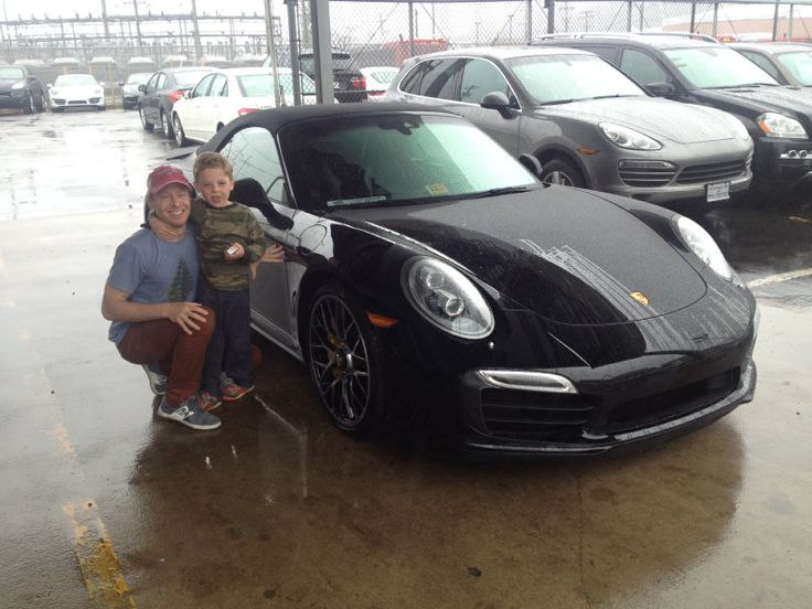 Very happy MyCarMonday to this family and their new Porsche 911 Turbo. Enjoy the…