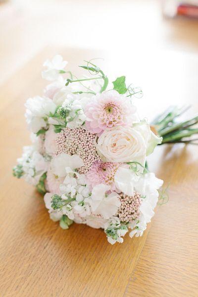 EN IMAGES. Dix bouquets de mariée blancs - L'Express Styles