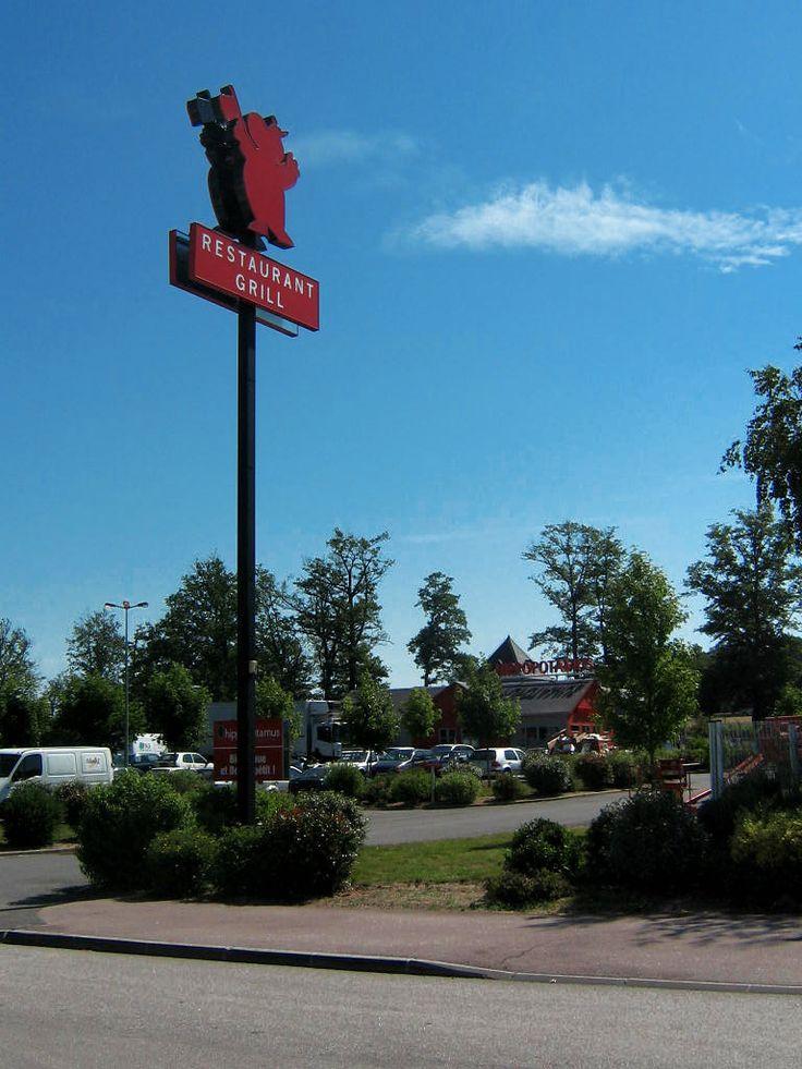 Totems : Sodifalux dessine et fabrique vos totems publicitaires à Dijon (Bourgogne)