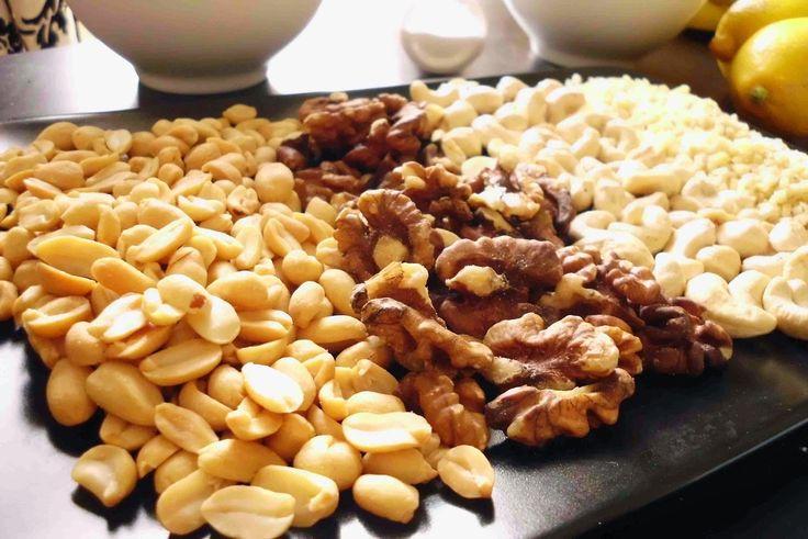 mogyoró, dió, kesu / Életmódváltás a konyha szekrényben: avagy milyen hozzávalókra lesz szükségem az egészségesebb élethez?