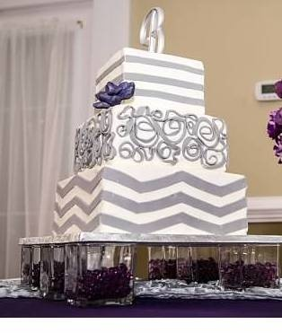 Grey Cake With DIY Stand